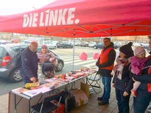 DIE LINKE Infostand Ostern 2018