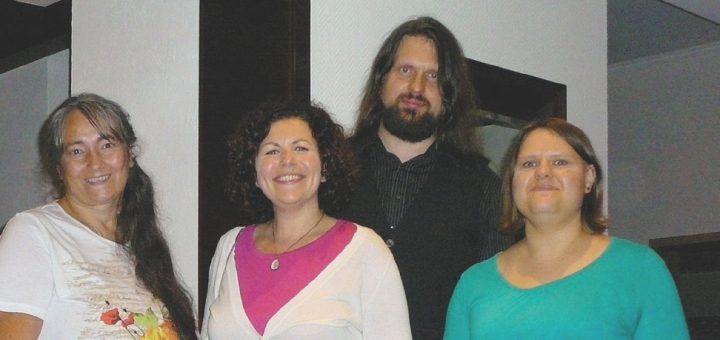 Vorstand-DIE-LINKE-Oldenburg-Land-mit-Amira